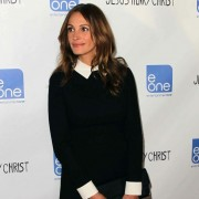 Julia Roberts at the Jesus Henry Christ premiere in front of TRIO printed step & repeat
