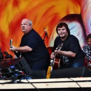 Tenacious D and TRIO hand-painted backdrop
