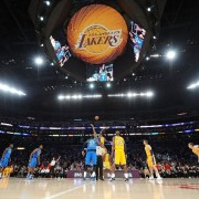 Lakers play under TRIO printed graphics