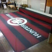 Seaming the TRIO printed backdrop for Hunter Hayes